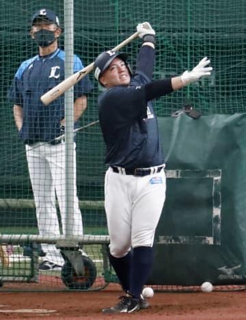 西武山川、3年連続本塁打王目標 打撃フォーム改良し開幕 画像1