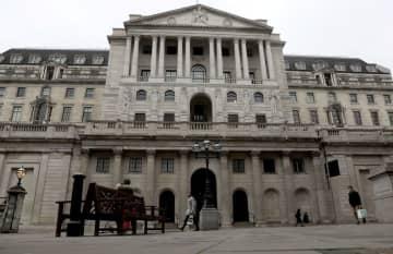 英中央銀行、量的緩和を拡大 13.4兆円、景気を下支え 画像1