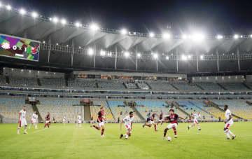 ブラジル、プロサッカーが再開 感染被害深刻で反対の声も 画像1