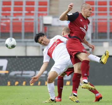 サッカー独2部、遠藤はフル出場 チームは1部復帰に近づく 画像1