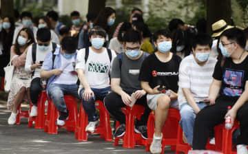 中国、コロナで新卒が就職難 20%台も、帰国組と競争 画像1