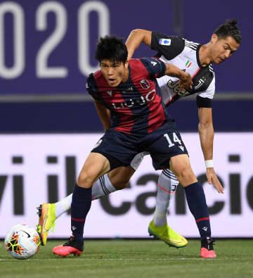 冨安健洋フル出場、チーム敗れる サッカーのイタリア1部リーグ 画像1