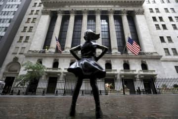 NY株反発、299ドル高 米金融規制緩和を好感 画像1