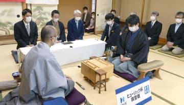 藤井七段、棋聖戦連勝なるか 5番勝負の第2局始まる 画像1