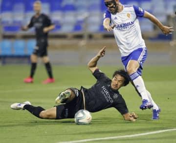 サッカー、岡崎と香川は後半交代 スペイン2部リーグ 画像1