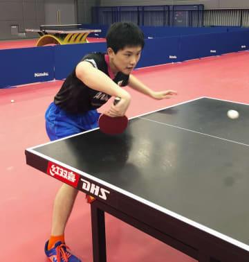 卓球、張本智和が代表合宿で練習 倉嶋洋介監督「元気で安心」 画像1