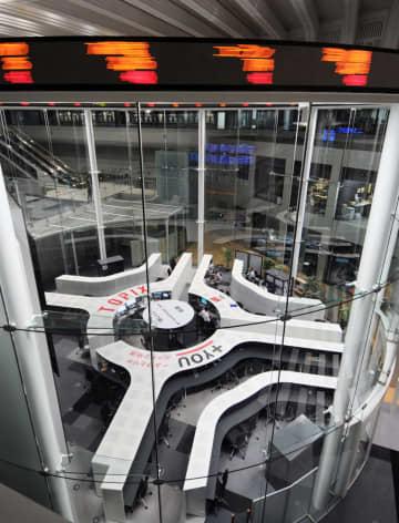東証3日続伸、407円高 上海、香港株急上昇が追い風 画像1