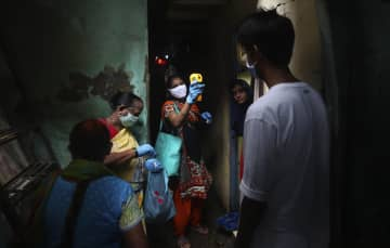 インドの感染者、70万人超える 死者2万人、新型コロナ 画像1