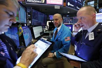 NY株反落、396ドル安 米コロナ感染増を懸念 画像1