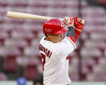 広6―3D(8日) 堂林が逆転満塁本塁打 画像1