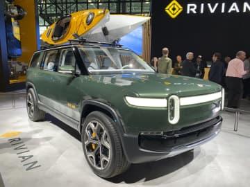 米リビアン2700億円調達 アマゾン出資EVメーカー 画像1