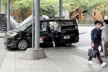 KDDI、タクシー相乗り実験 出社の混雑回避、コロナ対策 画像1