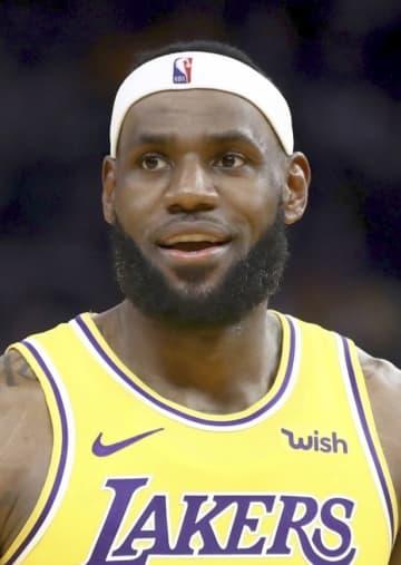 NBAジェームズのカード2億円 競売で落札、史上最高値 画像1