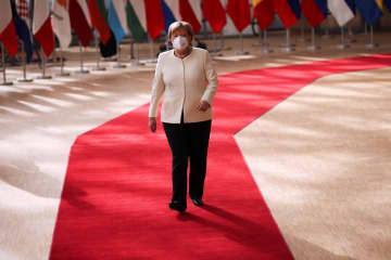 EU首脳会議、紛糾続く コロナ基金巡り南北対立 画像1
