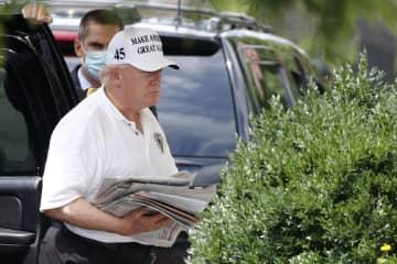 米大統領選、トランプ氏は苦戦 バイデン氏、敵失で先行 画像1