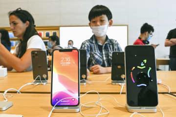 アップル、中国で生産能力強化か 米中対立激化のリスク回避 画像1