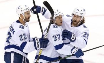 NHL、ライトニングは3勝目 プレーオフ1回戦 画像1