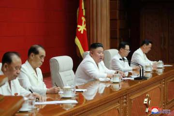 北朝鮮、来年1月に党大会を開催 金正恩氏、経済不振認める 画像1