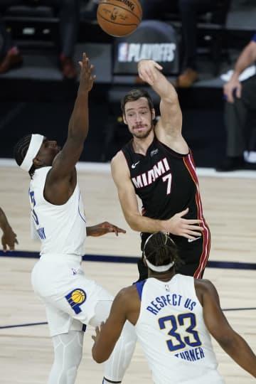 NBA、ヒートが準決勝進出 プレーオフ 画像1
