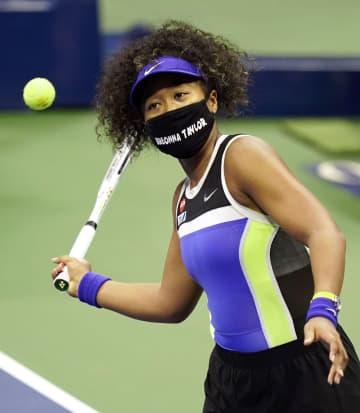 大坂、マスクに被害女性の名 全米テニスでも差別に抗議 画像1