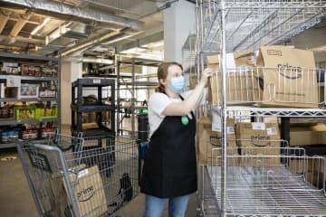 NYに食品の配達専用店 アマゾン傘下のスーパー 画像1