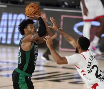 NBA、セルティックスが連勝 プレーオフ、東カンファ準決勝 画像1