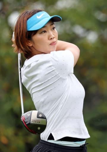 女子ゴルフ、葭葉65で単独首位 V3狙う笹生は39位 画像1