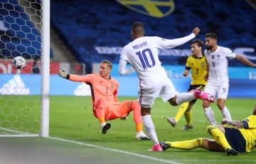 欧州ネーションズL、仏が勝つ エムバペが決勝点 画像1