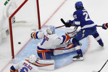 NHL、ライトニングが先勝 プレーオフ、東の決勝第1戦 画像1