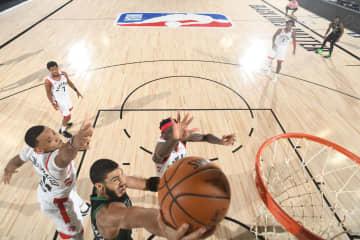 NBA、東はセルティックス突破 プレーオフ、西はナゲッツ勝利 画像1