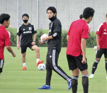 内田篤人氏「コーチ」で始動 サッカー元日本代表DF 画像1