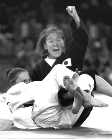 <あのころ>田村「初恋の金メダル」 シドニー五輪で悲願達成 画像1