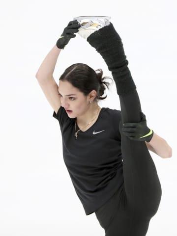 メドベージェワ、師弟関係復活へ フィギュアスケート女子 画像1