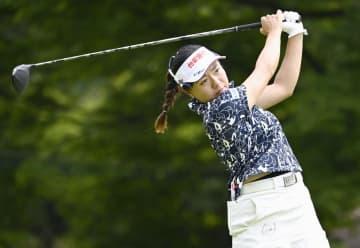 東海女子ゴルフ、サイが首位 第1日、鈴木ら2位 画像1