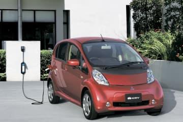 三菱自、アイ・ミーブ生産終了へ 世界初の量産EV、販売不振 画像1