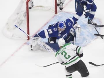 NHL、スターズが先勝 スタンリー杯、ライトニング戦 画像1
