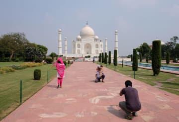 インドのタージマハル観光が再開 半年ぶり、1日5000人に限定 画像1