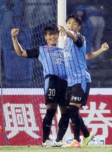 J1、川崎が6連勝で勝ち点50 三浦が最年長出場記録 画像1