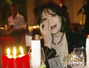 仏シャンソン歌手グレコさん死去 「枯葉」「パリの空の下」 画像1