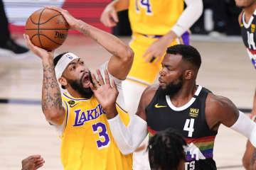 NBA、レーカーズ突破まで1勝 プレーオフ、西カンファ決勝 画像1