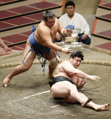 大相撲、千代の国が3度目十両V 秋場所14日目 画像1