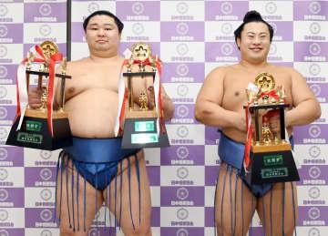 初優勝の正代が殊勲、敢闘賞 新入幕翔猿は敢闘賞 画像1