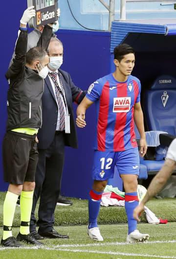 エイバルの武藤、移籍後初出場 サッカーのスペイン1部 画像1