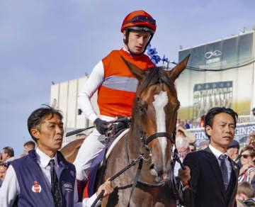 ディアドラは12番ゲート フランス競馬の凱旋門賞 画像1
