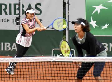 青山、柴原組が16強入り ナダル快勝、全仏テニス 画像1