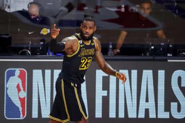 NBA決勝、レーカーズが2連勝 7回戦制の第2戦 画像1
