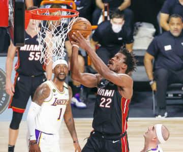 NBA決勝第3戦、ヒート初勝利 対戦成績1勝2敗に 画像1