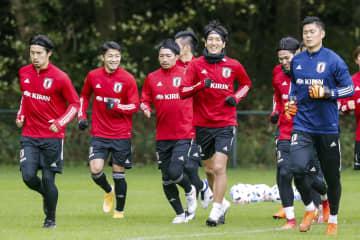 サッカー日本代表、全選手そろう 練習2日目 画像1