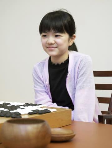 囲碁、菫初段が最年少対局を制す 合わせて25歳 画像1
