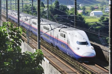 2階建て上越新幹線続投へ 来春以降も、台風で大量廃車影響 画像1
